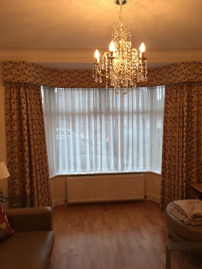 Sudbury Ha0 Full Length Curtains In 2 Bend Bay Window K