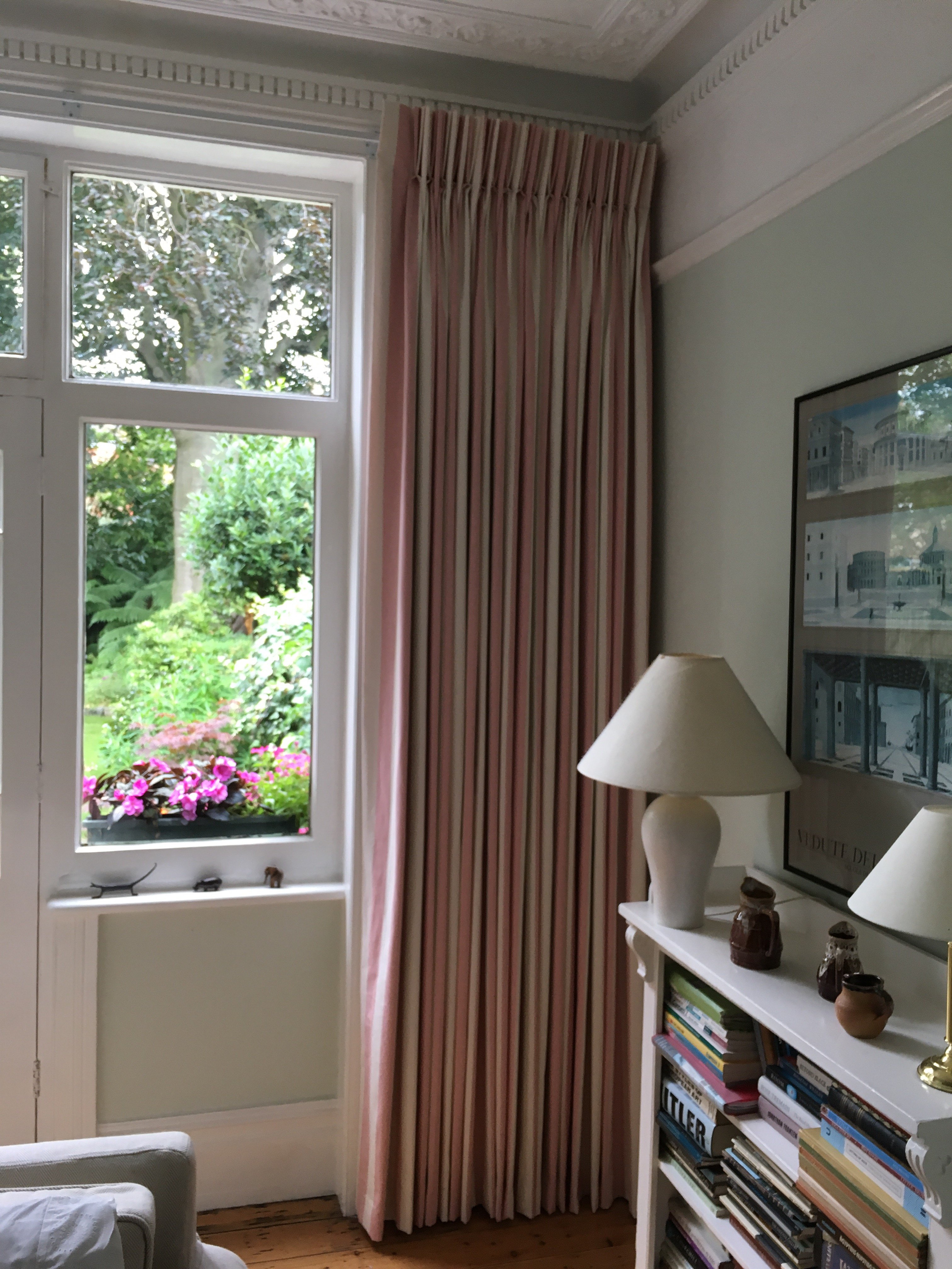 Ealing W3 Extra Large Curtains On Corded Integra Metal